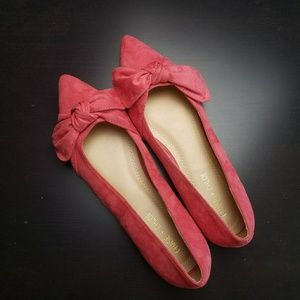 Chase & Chloe Dalena Pointed Toe Bow Ballet Flat